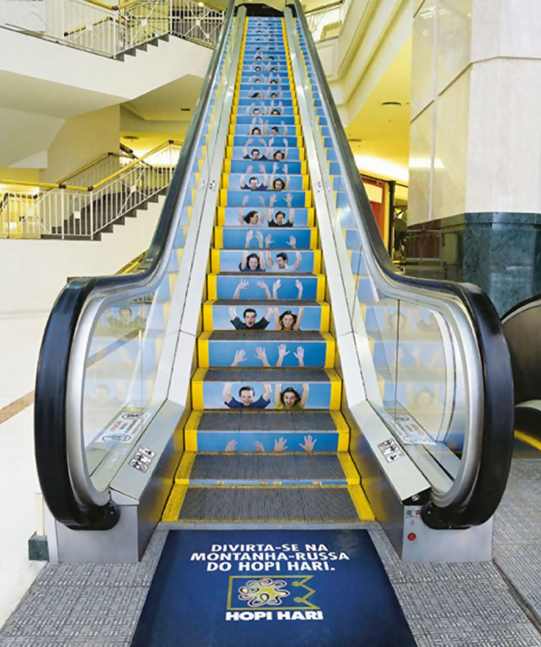5 Examples of Indoor Mall Advertising - Posters